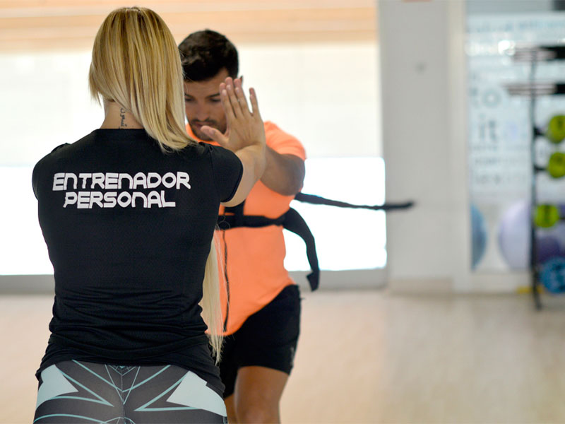 Entrenamiento personal y entrenamiento en grupos reducidos - Complejo deportivo el mayorazgo ...